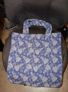 I made 2 grocery totes out of some thrift store napkins
